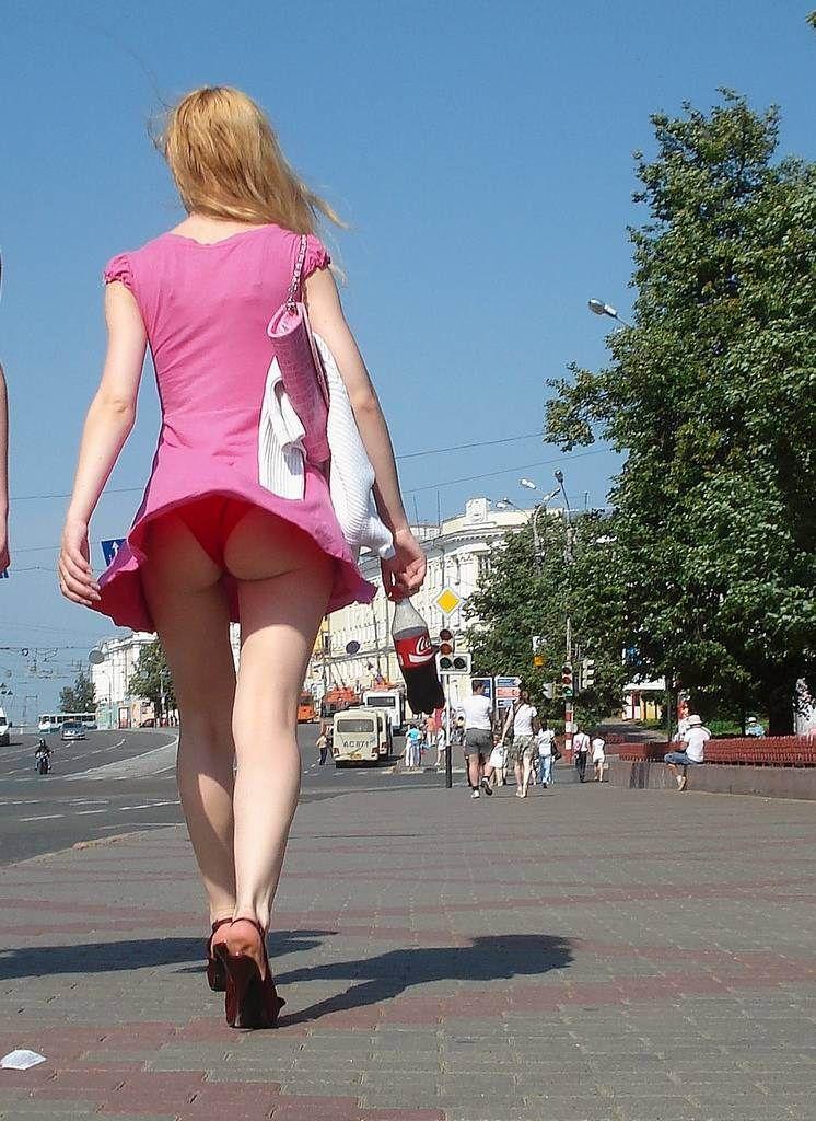 【エロ画像】街で勝負下着を盗撮された意識高すぎ高杉さんwwwwwwwwwwwwwwwww・10枚目
