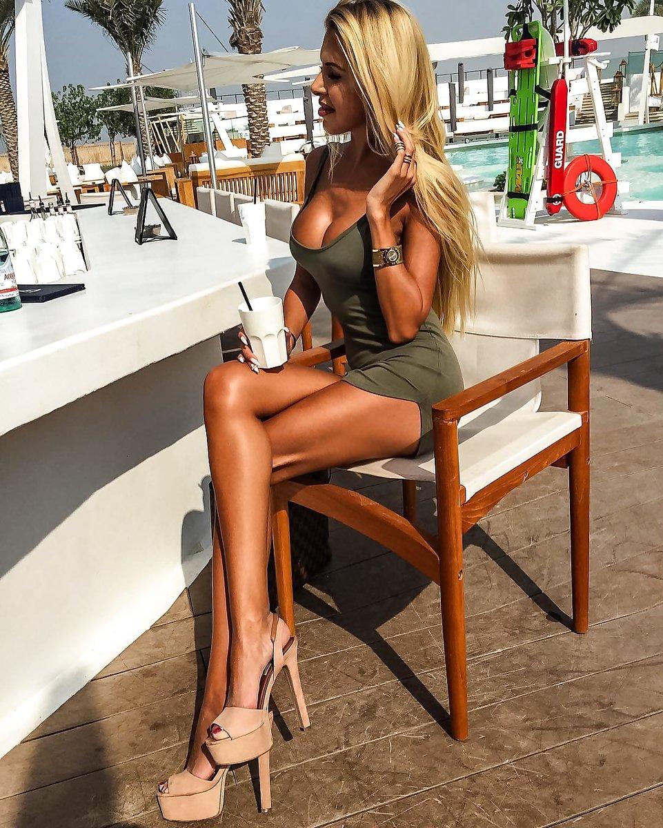 【大迫力】ボリュームが凄い海外女子の着衣巨乳、谷間で抜けるレベルwwwwwwwwwwww(画像30枚)・13枚目
