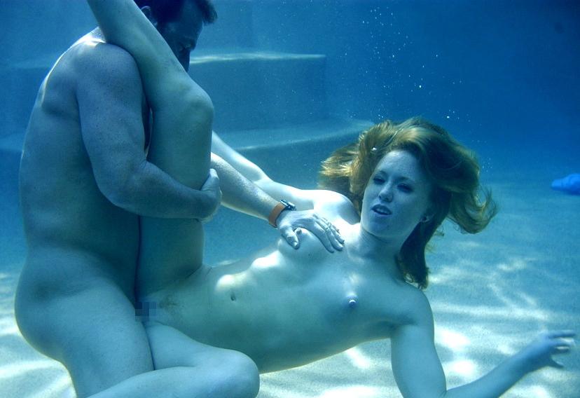【エロ画像】違う気持ちよさがあると話題の「水中SEX」が流行するwwwwwwwwwwww・28枚目