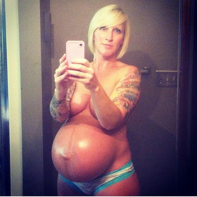 【エロ画像】「妊娠って神秘よね。パシャッ!」結果 → マニアの抜きネタにされるwwwwwwwwww・12枚目