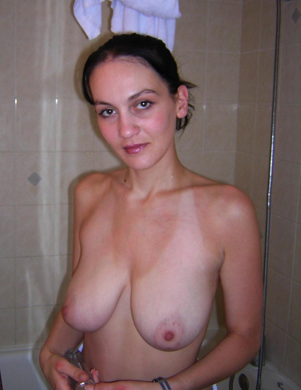 【強烈】ギリギリ抱けそうな垂れ乳BBAの体をご覧ください。(画像あり)・13枚目