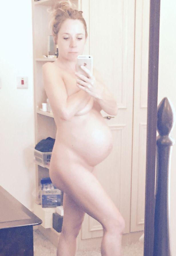 【エロ画像】「妊娠って神秘よね。パシャッ!」結果 → マニアの抜きネタにされるwwwwwwwwww・17枚目