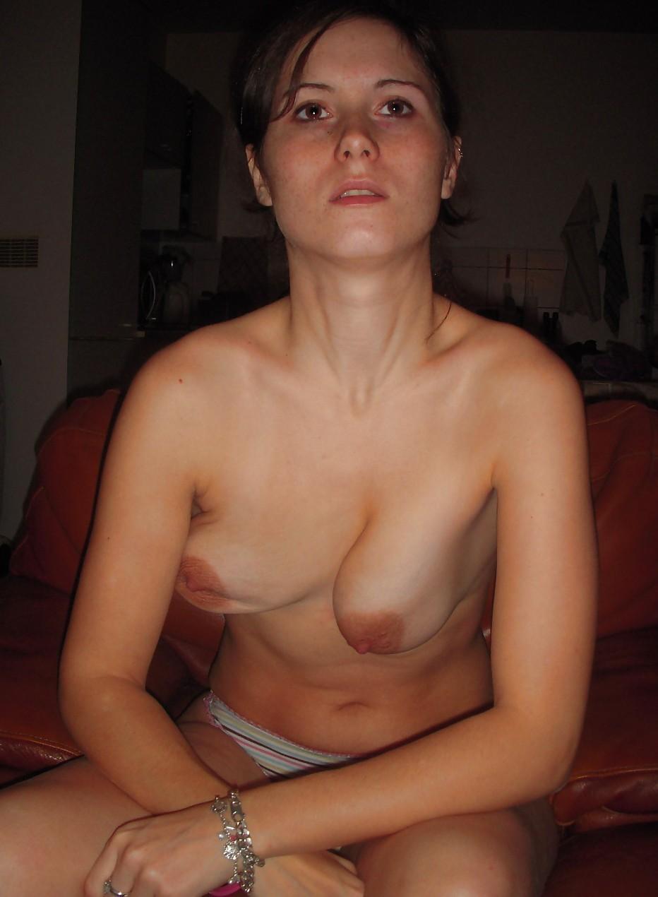 【強烈】ギリギリ抱けそうな垂れ乳BBAの体をご覧ください。(画像あり)・2枚目