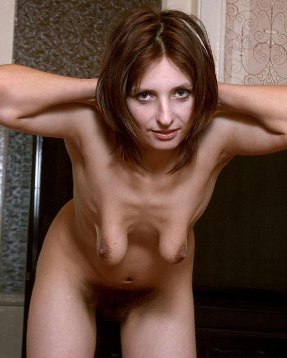【強烈】ギリギリ抱けそうな垂れ乳BBAの体をご覧ください。(画像あり)・25枚目