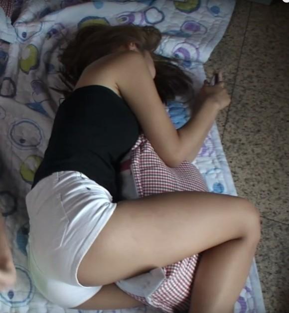 【画像あり】SNSにうpする韓国女子さん日本のそれは違うエロさがあるwwwwwwwwwww・21枚目