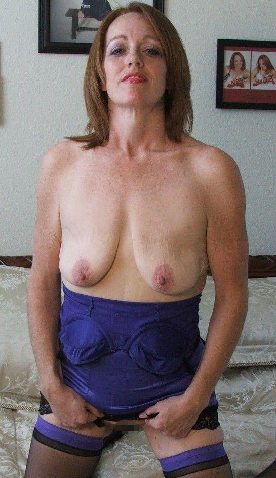 【強烈】ギリギリ抱けそうな垂れ乳BBAの体をご覧ください。(画像あり)・28枚目