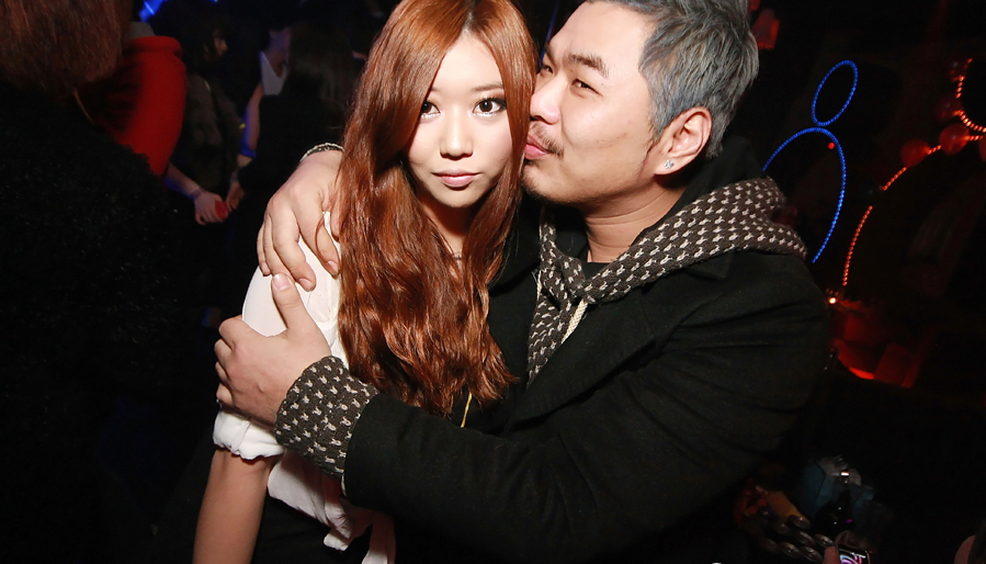 【セクハラ可】韓国のクラブが何でもアリだった件wwwwwwwwwwwwwwww(画像30枚)・23枚目