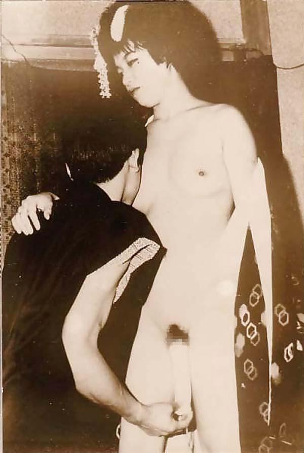 【画像あり】明治時代のレトロすぎるエロ画像をご覧くださいwwwwwwww(30枚)・9枚目
