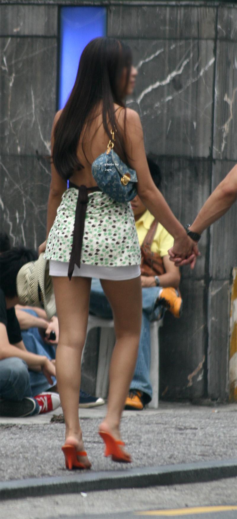 韓国女性の過激ファッションを激写!足が美しすぎるぅぅぅ