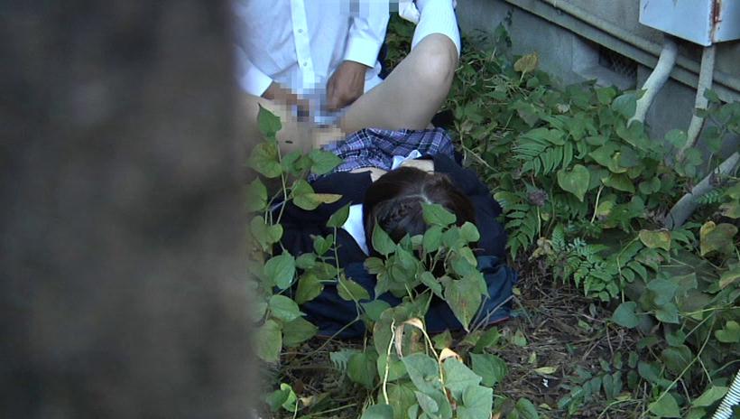 【盗撮注意】公園で盛る高校生カップル、真ッ昼間からおっぱじめる・・・・・(画像38枚)・22枚目