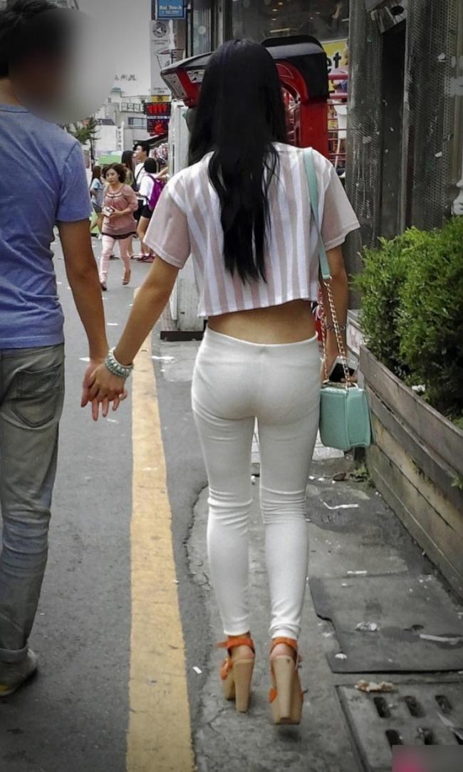 【激写】とどまることを知らない韓国の過激ファッションエロ杉・・・絶句した。(画像35枚)・3枚目