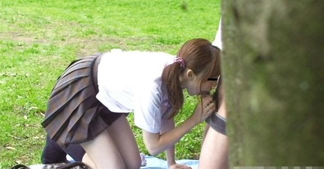 【盗撮注意】公園で盛る高校生カップル、真ッ昼間からおっぱじめる・・・・・(画像38枚)・36枚目