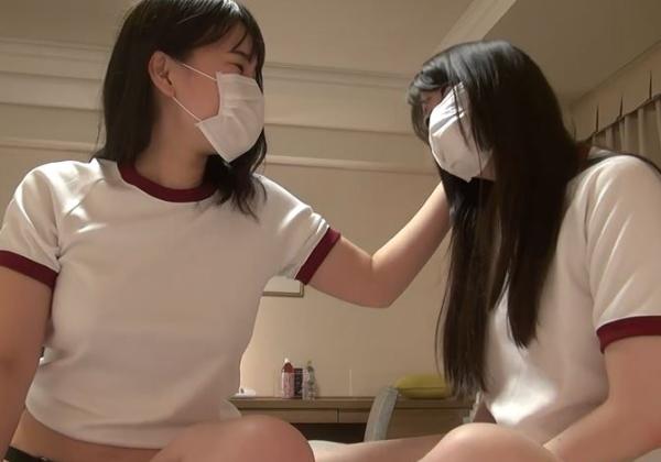 (えろ写真)2人のシロウト小娘がレズビアンプレイさせられる問題の映像がこちら・・・