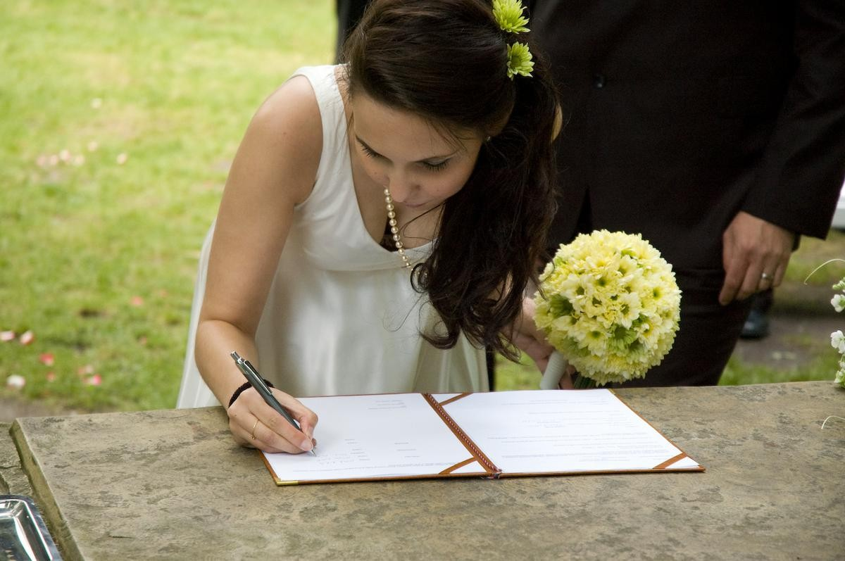 結婚式でおっぱい(乳首)が見れる確率80パーセントwwwwwwwwwwwwwwww・11枚目
