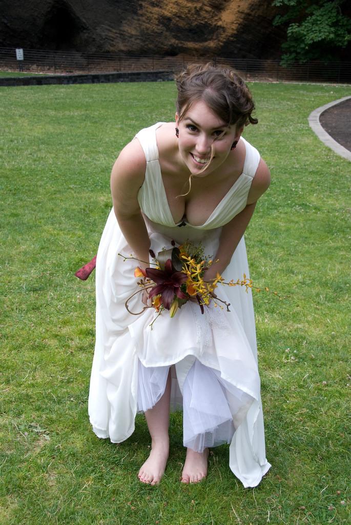 結婚式でおっぱい(乳首)が見れる確率80パーセントwwwwwwwwwwwwwwww・13枚目
