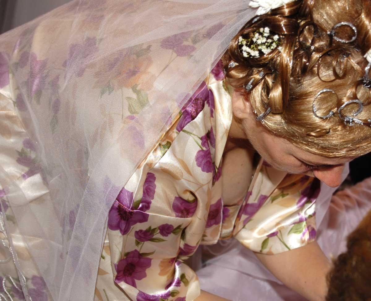 結婚式でおっぱい(乳首)が見れる確率80パーセントwwwwwwwwwwwwwwww・24枚目
