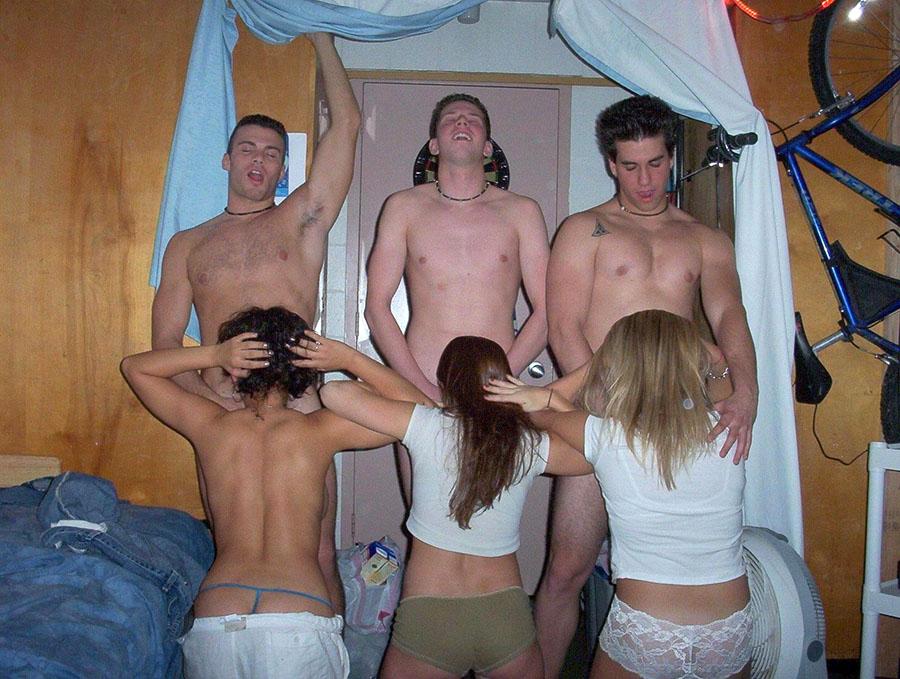 【乱パ】海外JDのホームパーティ、スケールが違う本場のエロ画像 38枚・30枚目