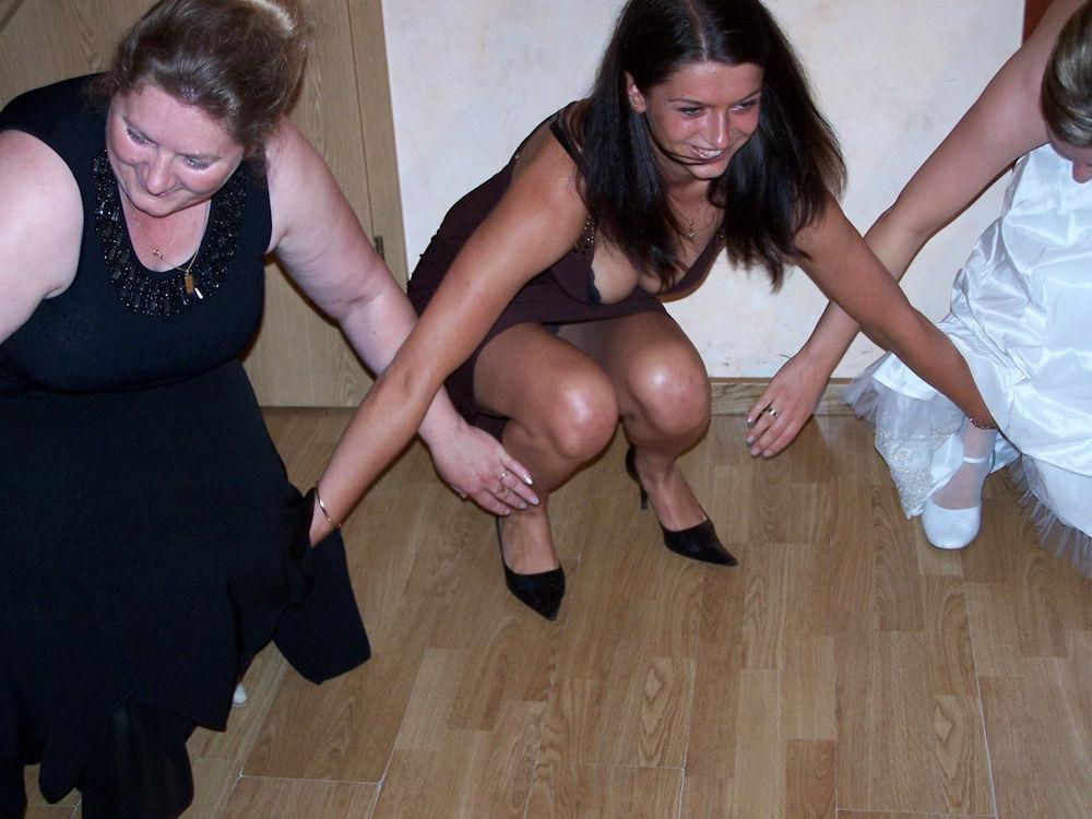 結婚式でおっぱい(乳首)が見れる確率80パーセントwwwwwwwwwwwwwwww・5枚目