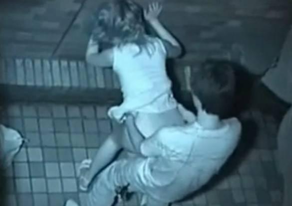 【衝撃】近所の公園で合体してる男女が激写されるwwwwwwwwww(画像36枚)・16枚目