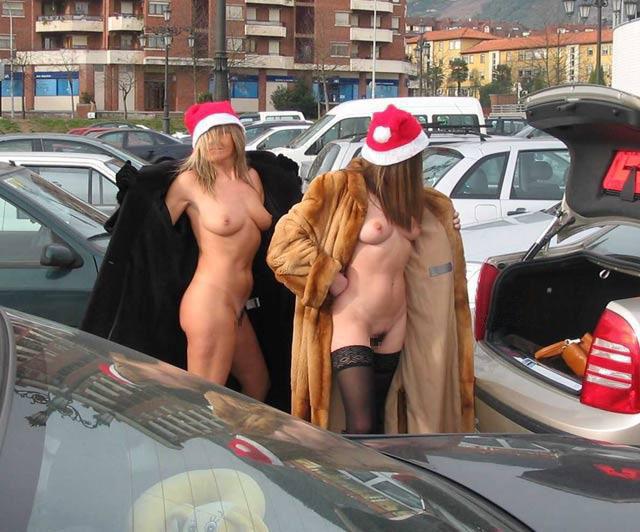 【クリスマス定期】警官が職質しようかどうか迷うサンタ恰好した露出狂wwwwwwwwwww(※画像あり)・23枚目