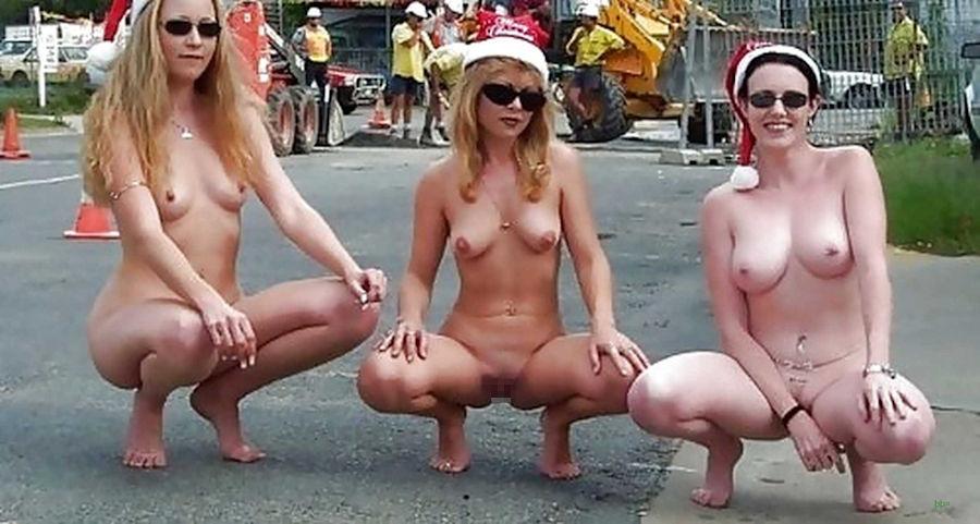 【クリスマス定期】警官が職質しようかどうか迷うサンタ恰好した露出狂wwwwwwwwwww(※画像あり)・28枚目