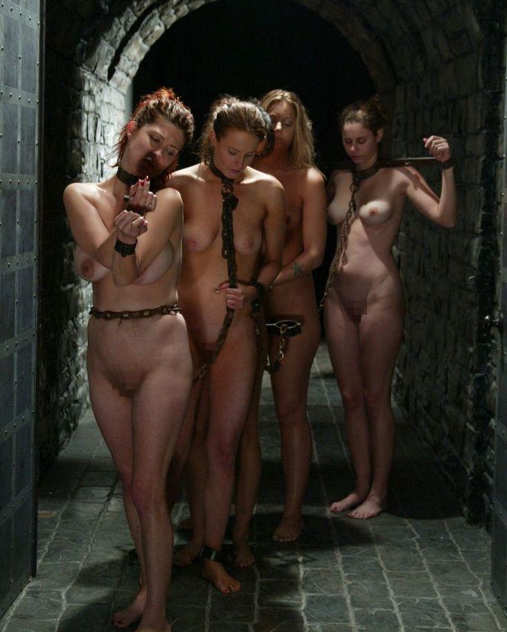 【ぐぅ畜】海外で性奴隷として売られてる女の子をご覧ください。。。(画像38枚)・34枚目