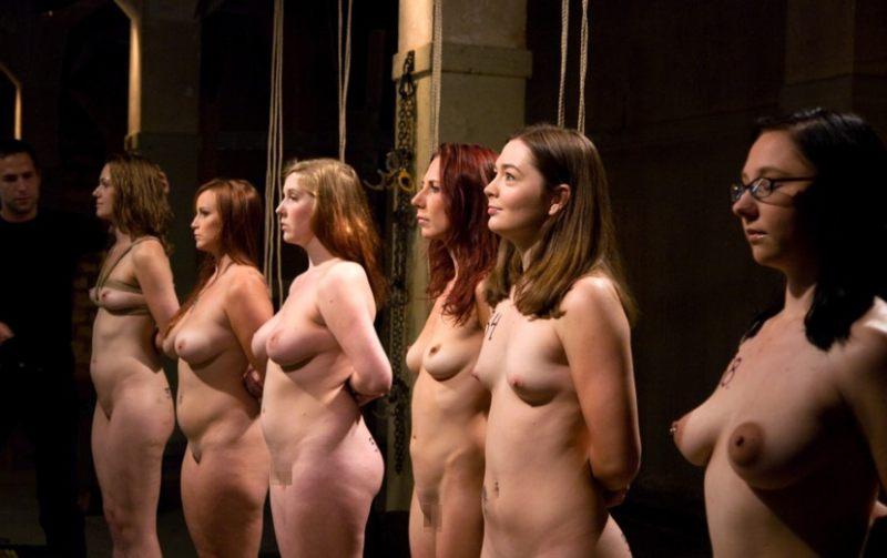 【ぐぅ畜】海外で性奴隷として売られてる女の子をご覧ください。。。(画像38枚)・4枚目
