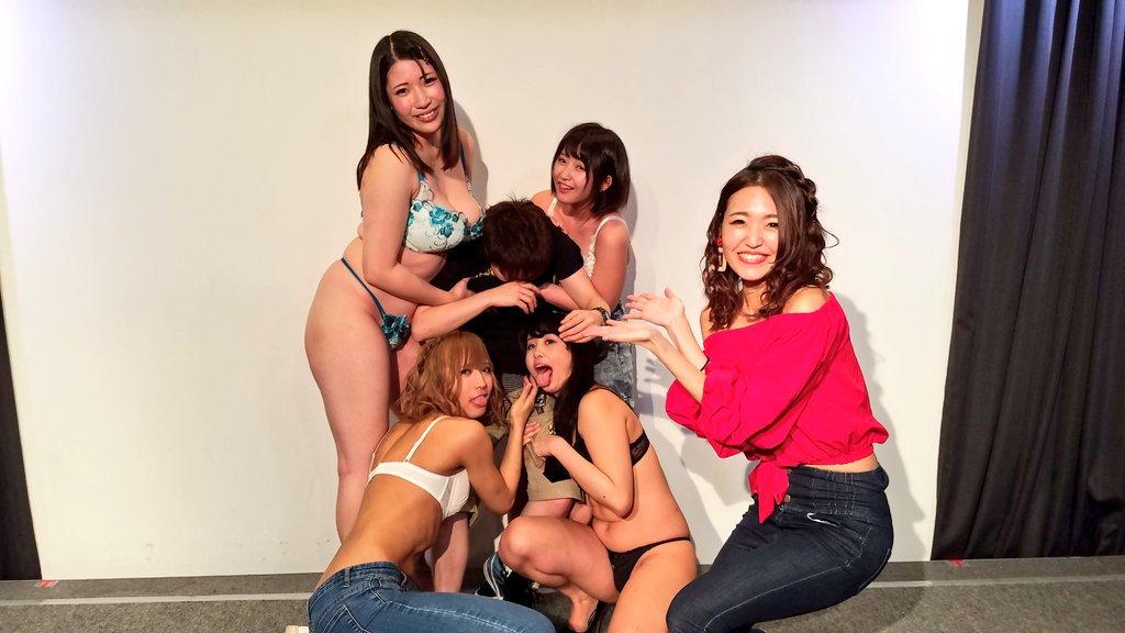 セクシー女優によるヤリマンナイト企画、ファンサービス満載でうらやま杉wwwwwww・3枚目