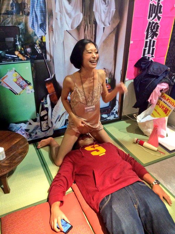 セクシー女優によるヤリマンナイト企画、ファンサービス満載でうらやま杉wwwwwww・37枚目