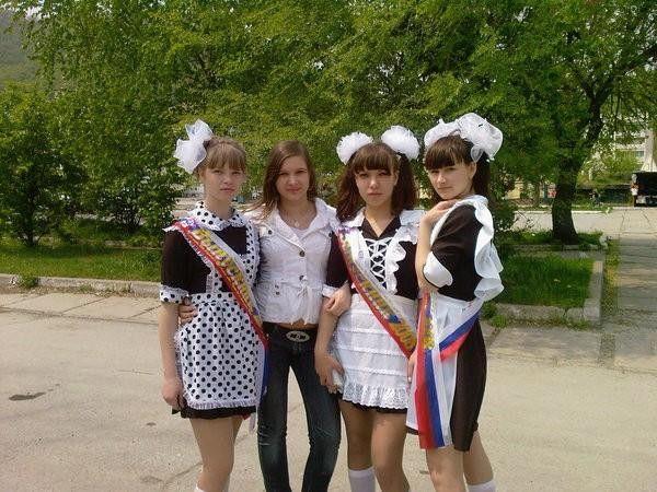 """【勃起不可避】ロシアJKの卒業式""""ミニスカメイド""""がエロすぎるwwwwwwwww・11枚目"""