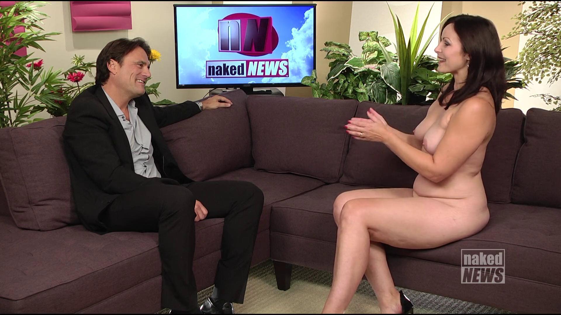 【悲報】海外の女子アナさん、全裸報道で視聴率を稼ぐwwwwwwwwwwww(画像あり)・17枚目