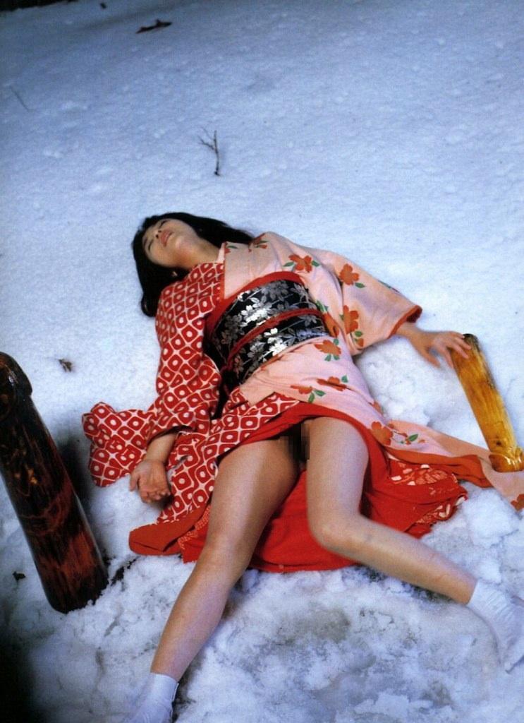 【勃起不可避】藤田朋子のヘアヌード画像、チクビ綺麗杉ワロタwwwwwwwww(画像多数)・16枚目