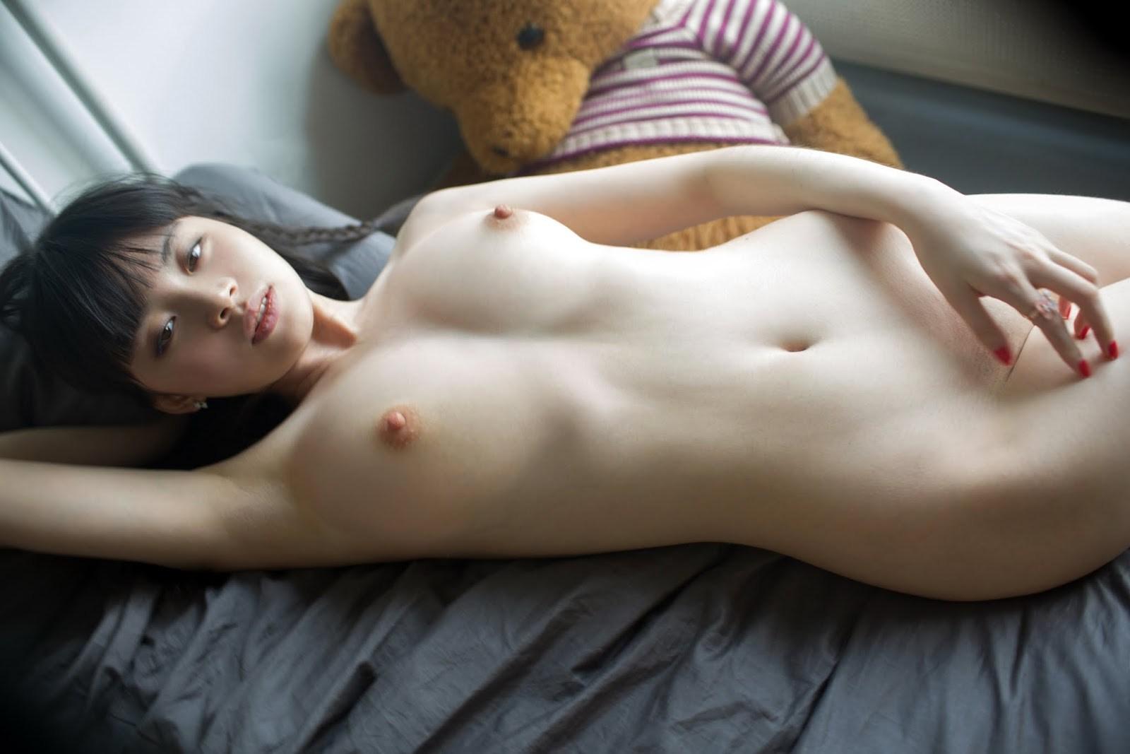 【画像あり】広瀬すず似の中国人ヌードモデルのティクビが絶品だった件wwwwwwwwwww・22枚目