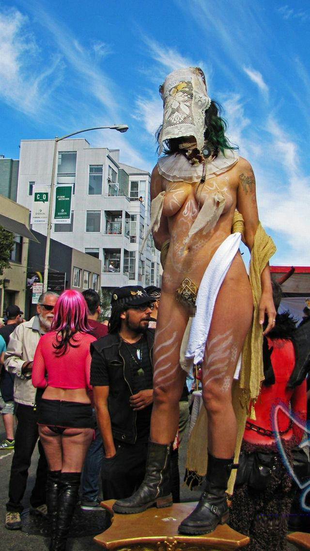 【批判殺到】街中で行われたSMイベントがエロ過ぎる・・・(画像40枚)・8枚目