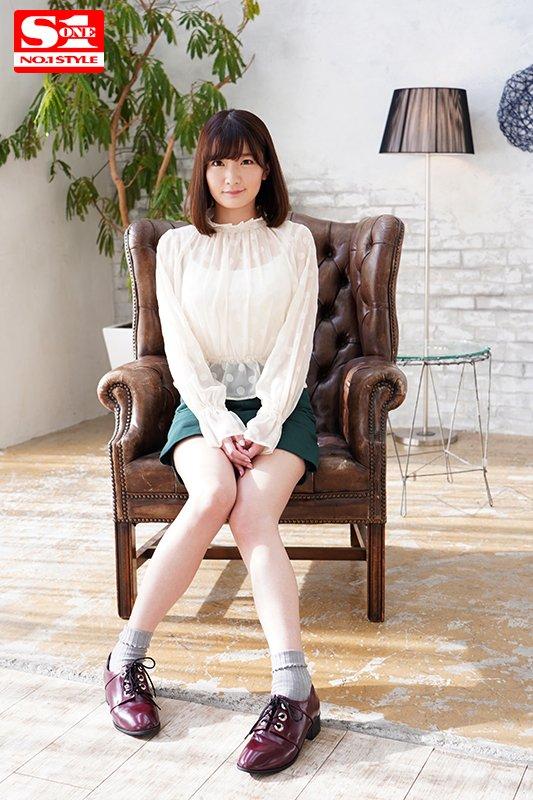 【エロ画像】21歳の清純まんさん、まさかのAVデビュー・・・これはエロいわぁ・1枚目