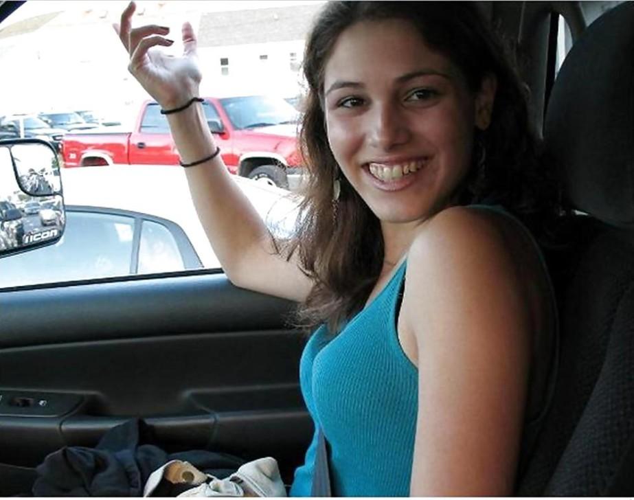 【自信満々】シートベルトで車内パイスラしてるSNS画像集 37枚・26枚目