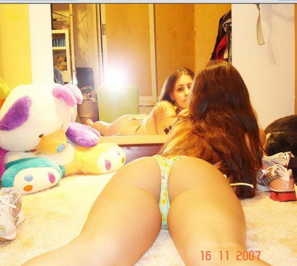 経験豊富なブラジル系女子の裸体エロすぎだろ・・・・(38枚)・15枚目