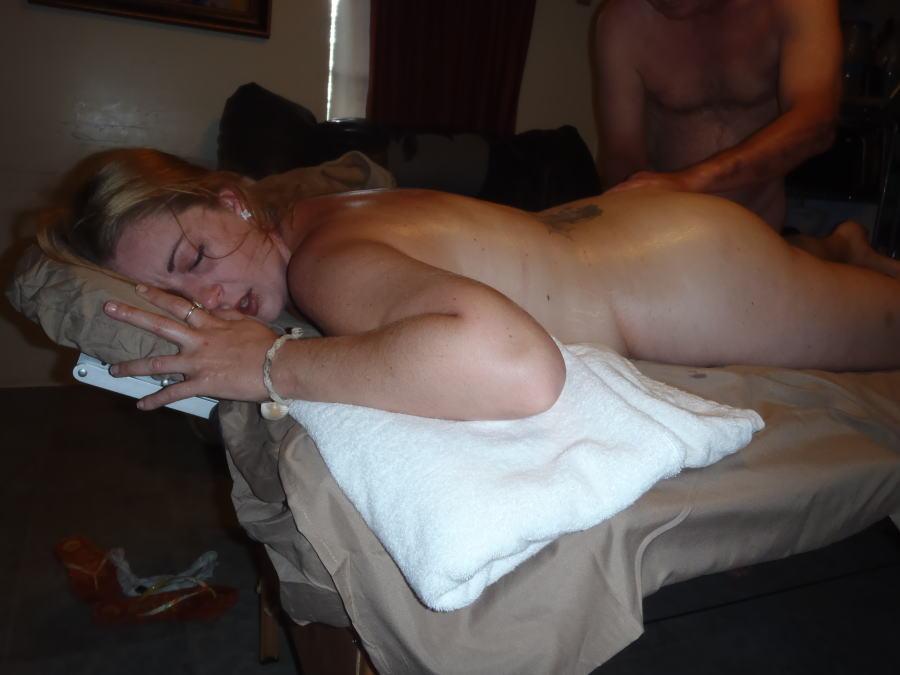 【エロ画像】全裸必須の本場マッサージ店、巨乳を堪能できるマッサージ師とかいう神職業wwwwwwww・27枚目