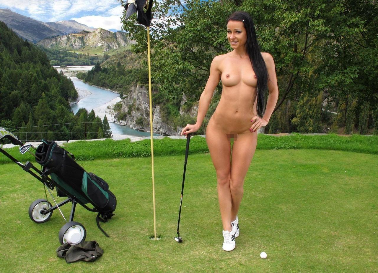 密かに開催されるお金持ち向け全裸ゴルフをご覧くださいwwwwwwwwww(画像あり)・10枚目