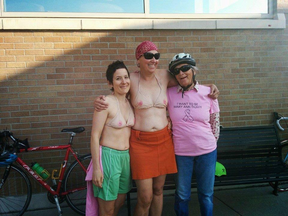 ピンク乳首が丸見えなこのタイプのセクシー水着・・・・・これは発狂不可避wwwwwwww(画像あり)・21枚目