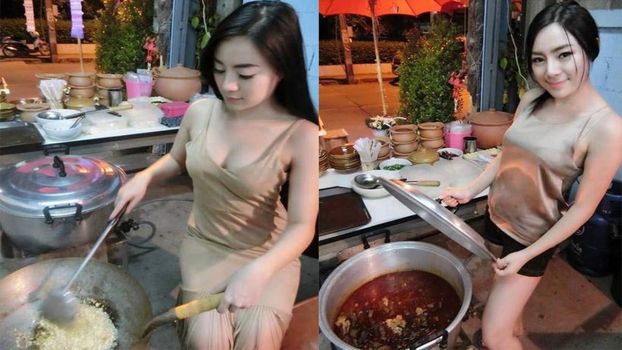 【エロ画像】台湾の屋台店員まんさん、売上のために乳見せすぎ問題wwwwwwwwwwwwww・22枚目