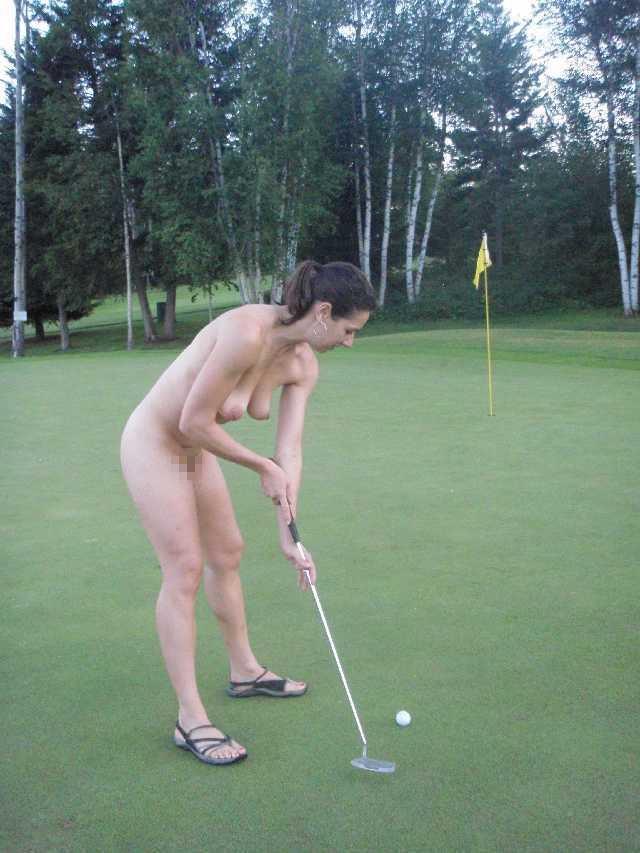 密かに開催されるお金持ち向け全裸ゴルフをご覧くださいwwwwwwwwww(画像あり)・28枚目