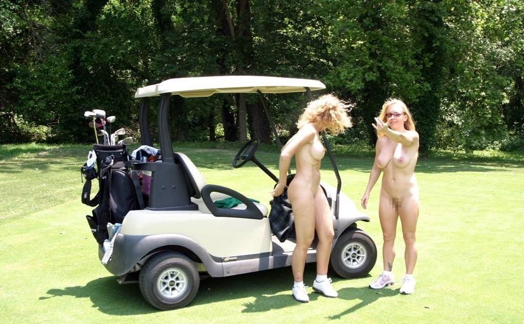 密かに開催されるお金持ち向け全裸ゴルフをご覧くださいwwwwwwwwww(画像あり)・29枚目