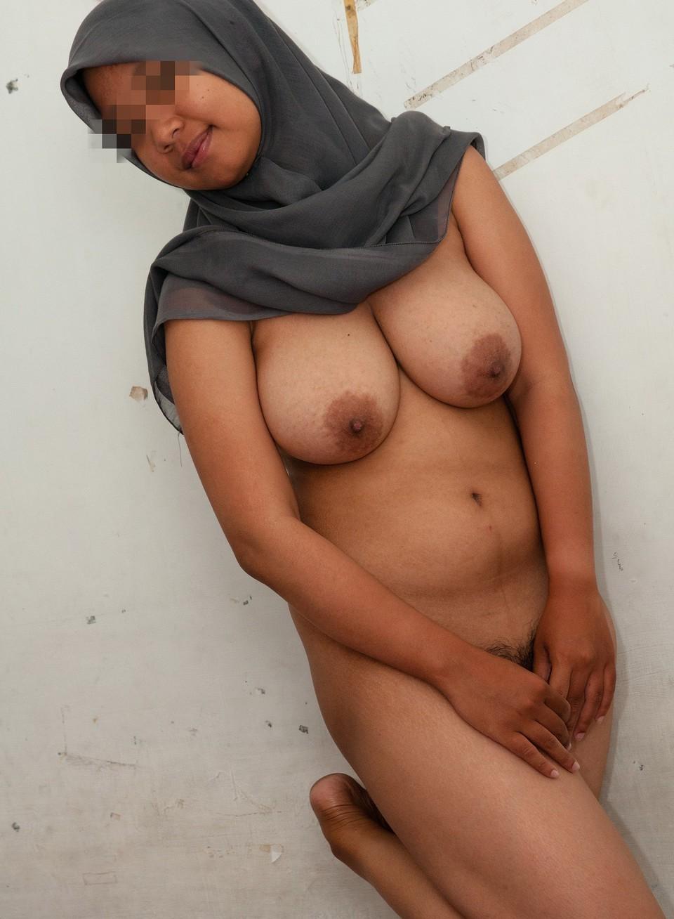処女の娘が多いイスラム女子、脱いだらすごかった・・・・・(画像あり)・6枚目