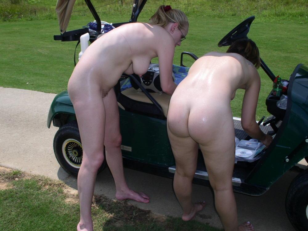 密かに開催されるお金持ち向け全裸ゴルフをご覧くださいwwwwwwwwww(画像あり)・9枚目