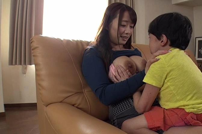 【ショタコン】男の子が大好きな痴女が大暴走、逮捕不可避wwwwwwww・32枚目