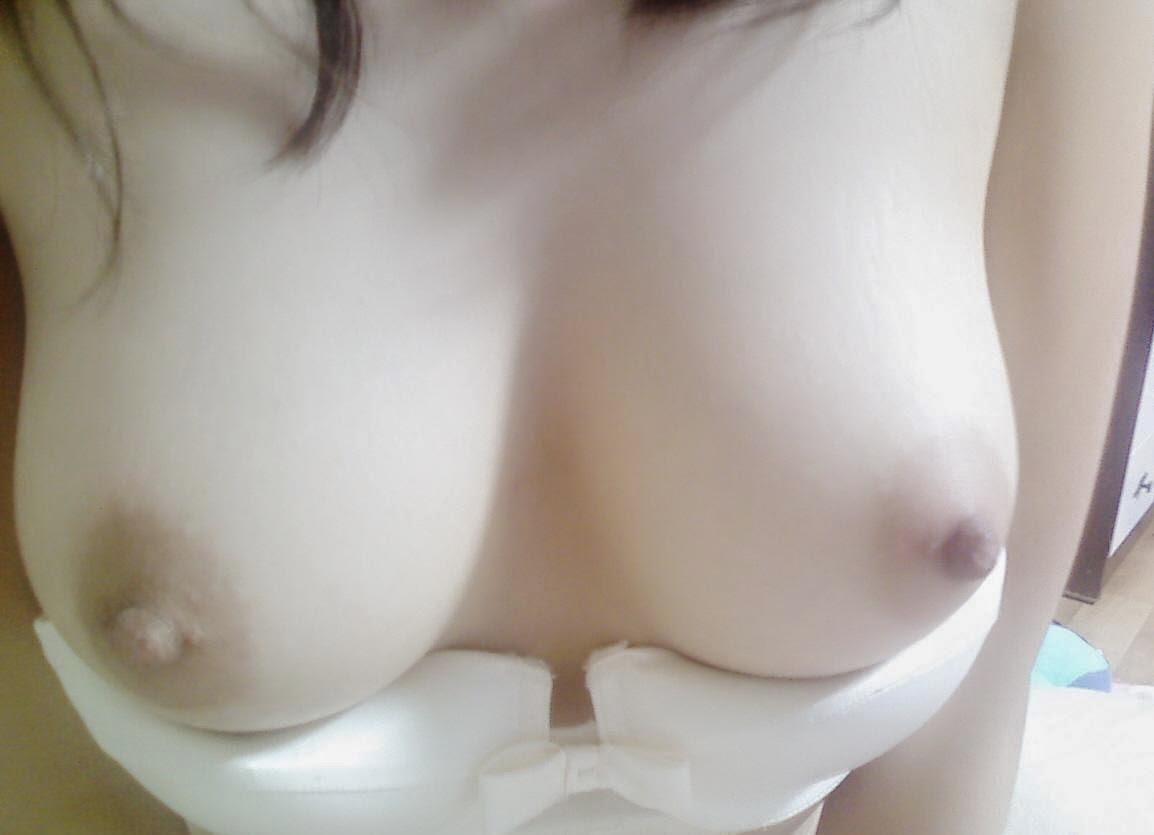 貧乳が多い韓国の貴重な巨乳娘たちの自撮り画像集 40枚・4枚目
