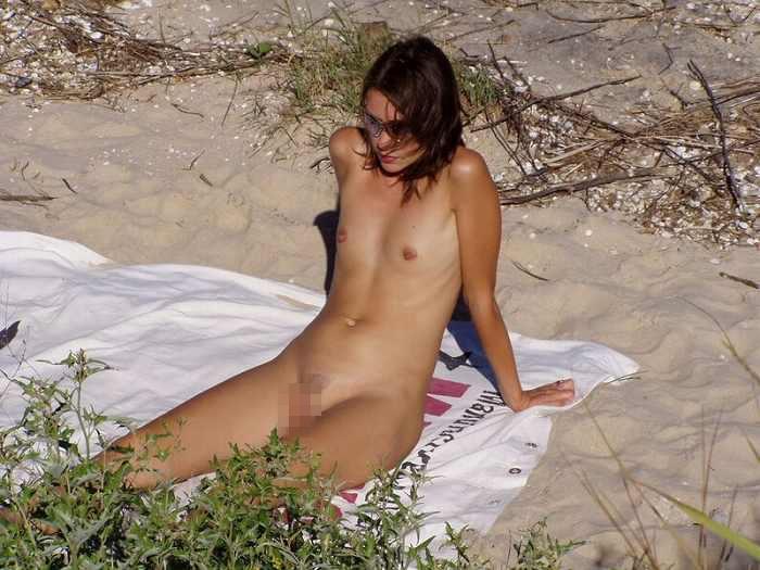 ヌーディストビーチにいる若者だけを本気で集めた結果wwwwwww(画像大量)・19枚目