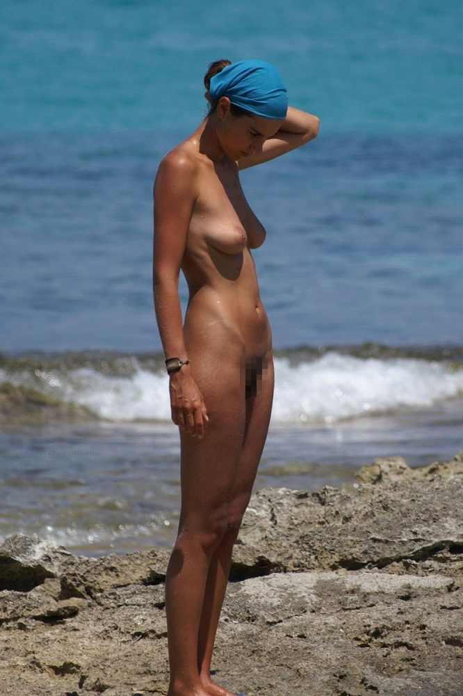 ヌーディストビーチにいる若者だけを本気で集めた結果wwwwwww(画像大量)・62枚目