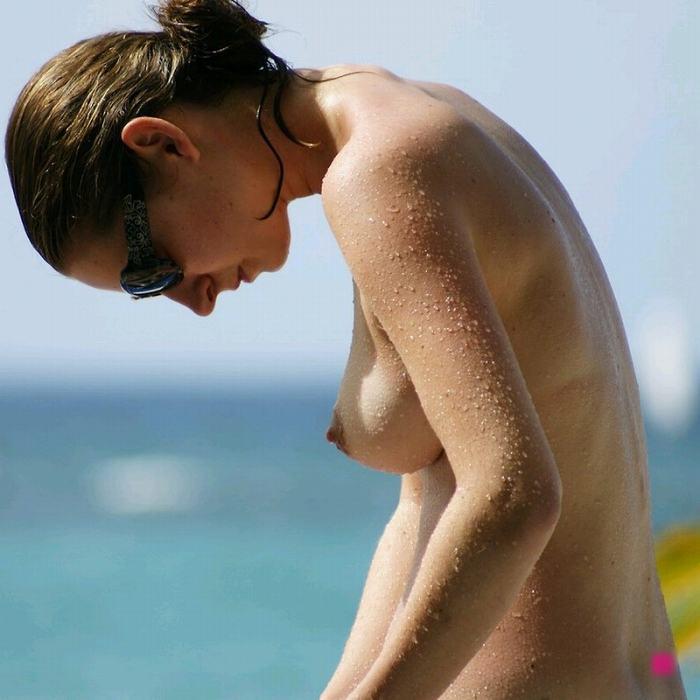 ヌーディストビーチにいる若者だけを本気で集めた結果wwwwwww(画像大量)・69枚目
